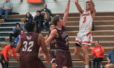 Hounds Hold off Bearcats